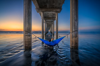 Couple at Scripps Pier